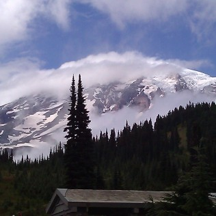 My 15 second view of Mt. Rainier.