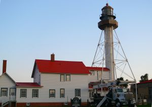 https://commons.wikimedia.org/wiki/File%3AWhitefish_Point_Lighthouse.JPG
