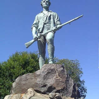 Lexington minuteman statue