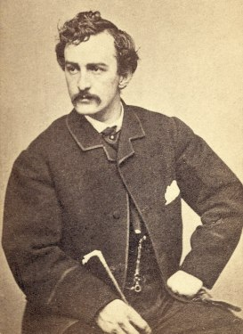 800px-John_Wilkes_Booth-portrait